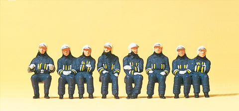 Preiser 10483 Firefighting men in modern clothing