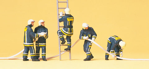 Preiser 10485 Firefighting men in modern clothing