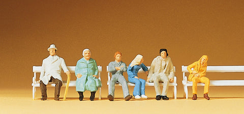 Preiser 14004 Sitting travellers with bench