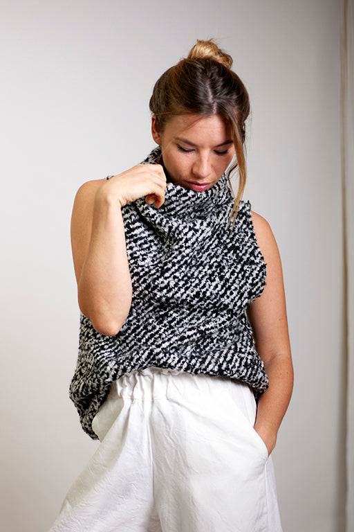 Tahli Top Black & White Fluffy Tweed