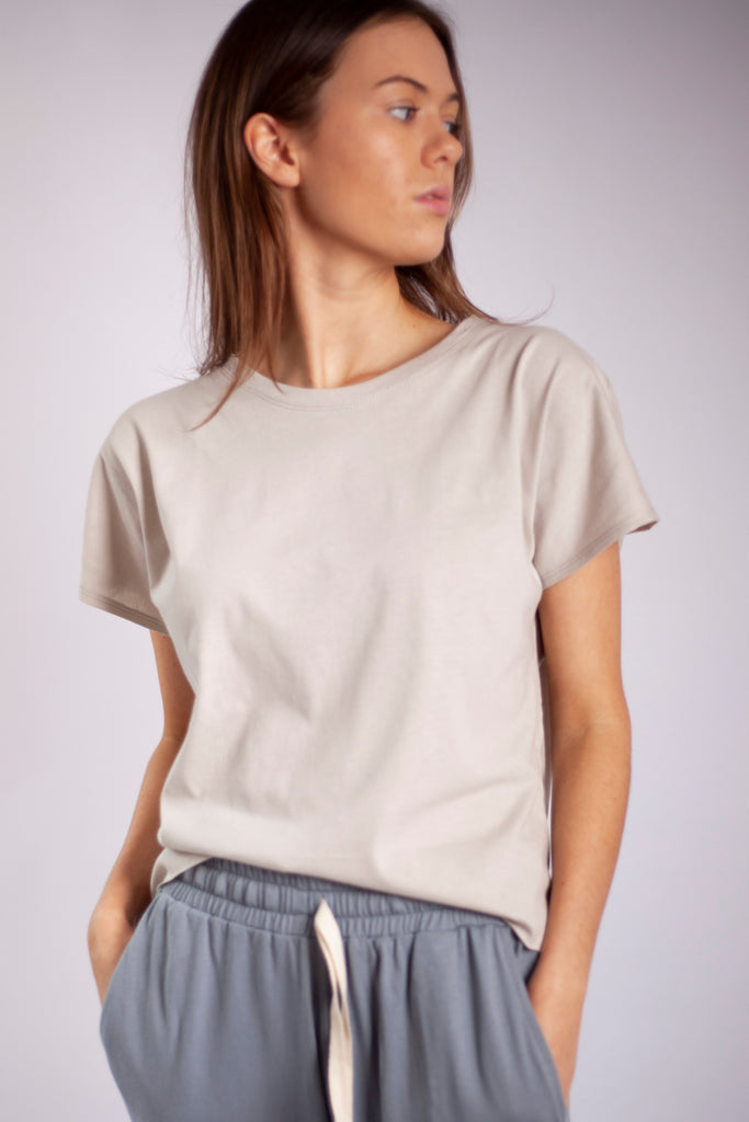 Josi Lounge Tee Staggered Hem - Oatmeal Organic Cotton Jersey