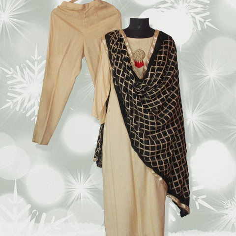 Autumn Grace Straight Kurti with Straight Pants and Ebony Black Diamond Dupatta