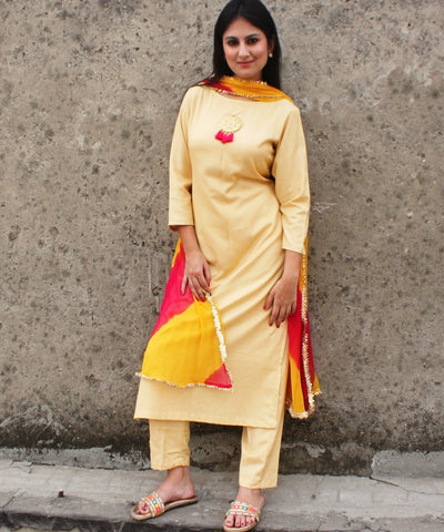Autumn Grace Straight Kurti with Straight Pants and Leheriya Dupatta