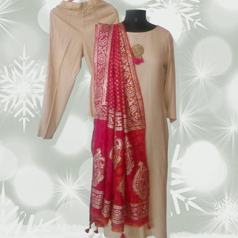 Autumn Grace Straight Kurti with Straight Pants and Magenta Orange Tie and Dye Paisley Foil Dupatta