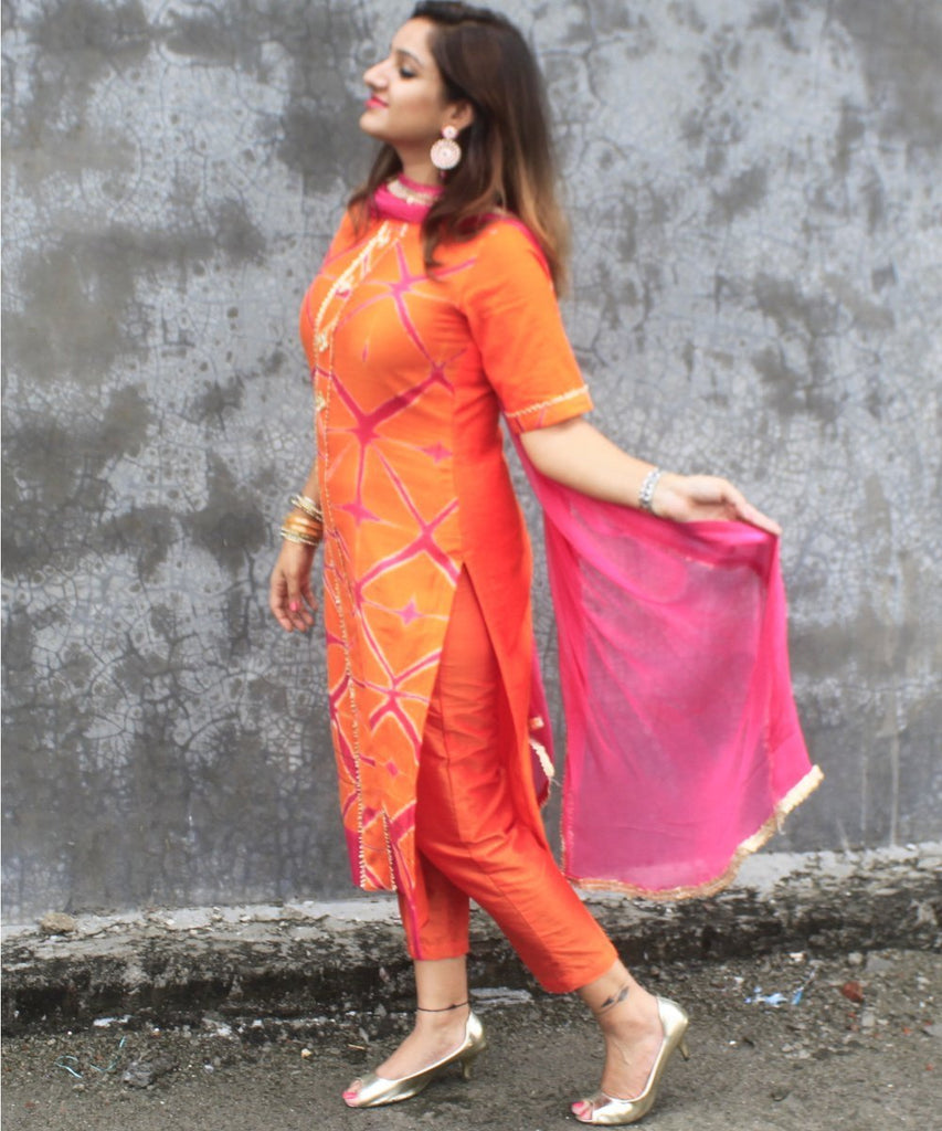 anokherang Combos Orange KumKum Shibori Gota Kurti with Pants and Chiffon Dupatta
