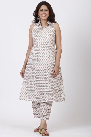 Pink Printed Floral Collared Kurti with Printed Straight Pants