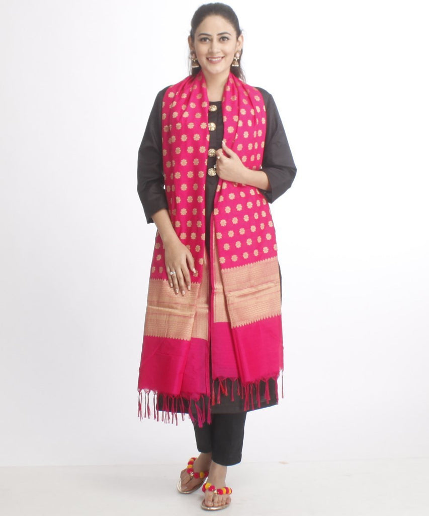 anokherang Combos The Black Silk Kurti with Black Pants and Pink Banarsi Dupatta