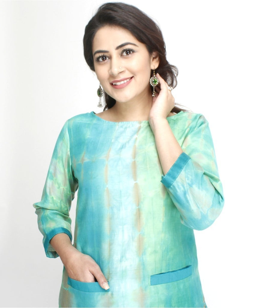 anokherang Kurtis Haryali Straight Kurti with Pockets