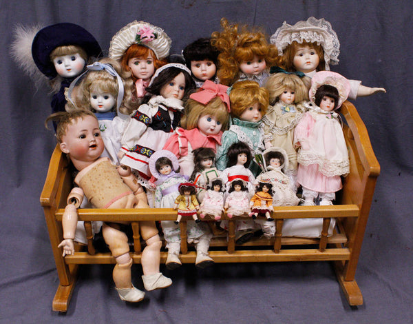Porcelain Doll Set Rental