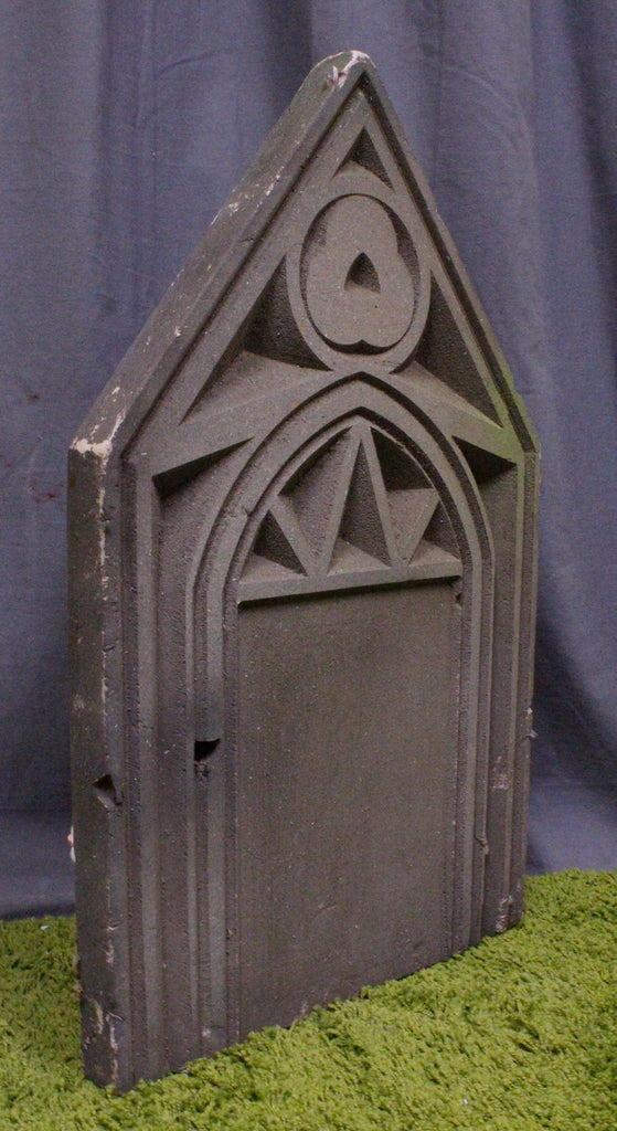 Deco Pointed Headstone