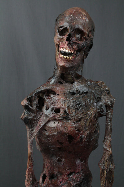 Deluxe Burnt Skeleton Dapper Cadaver Props