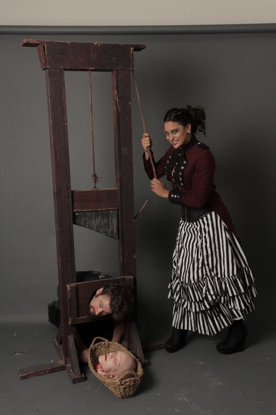 8 Ft Tall Guillotine Rental