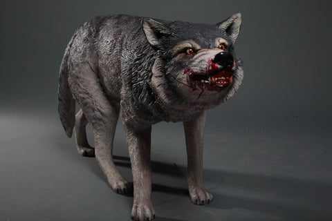 Lifesize Snarling Wolf
