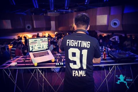 Sartek in Fighting Fame 91 Black Home Jersey playing Blue Frog Bombay