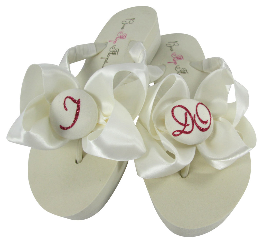 Wedding Flip Flops that Say I DO in Fuchsia