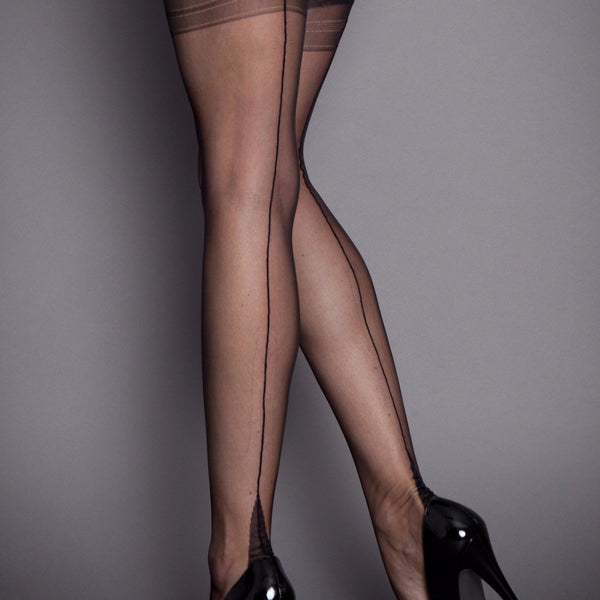 Fully Fashioned Stockings - Point Heel