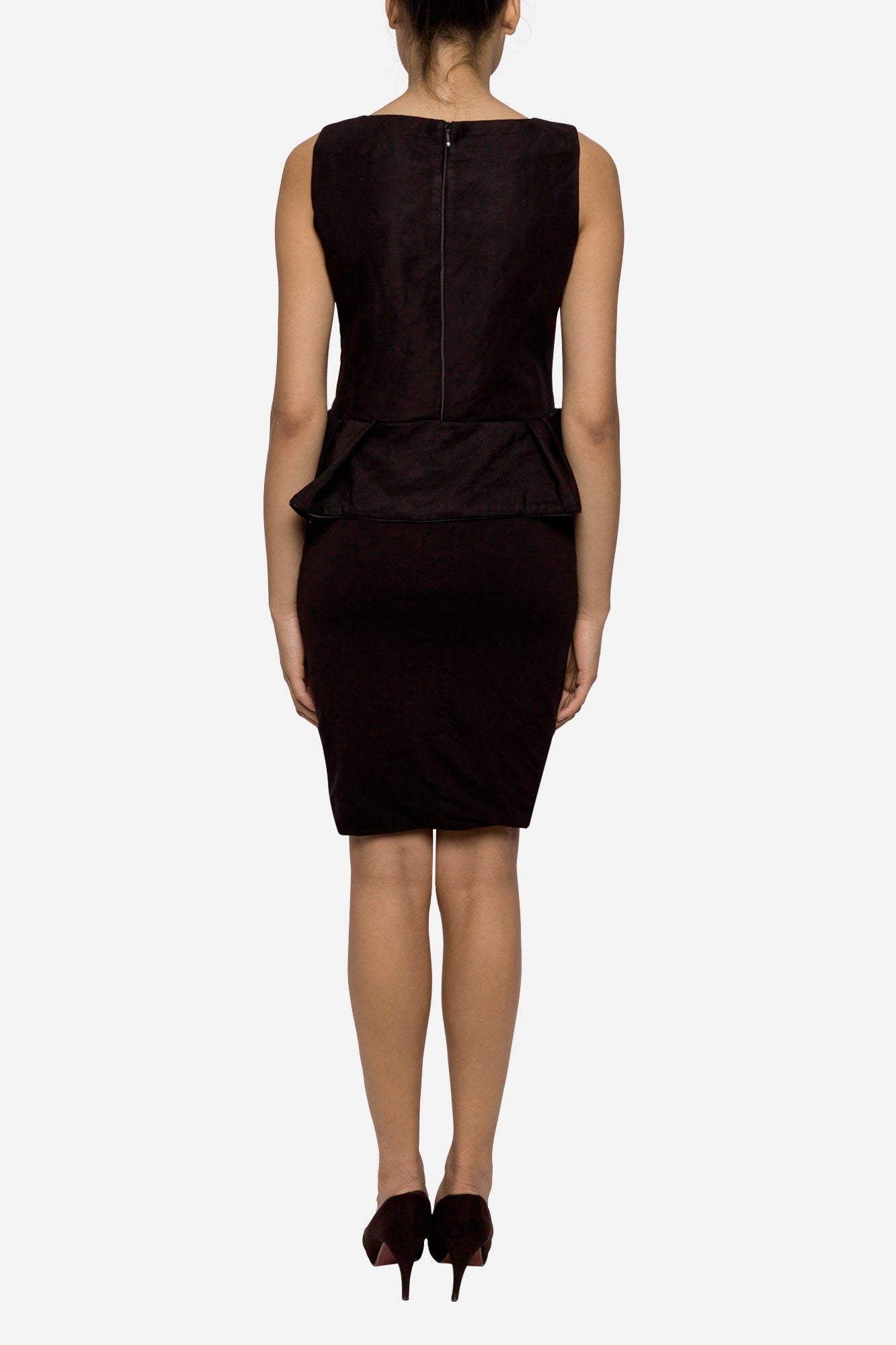 Sleeveless blouse with ruffled bottom - Tindi