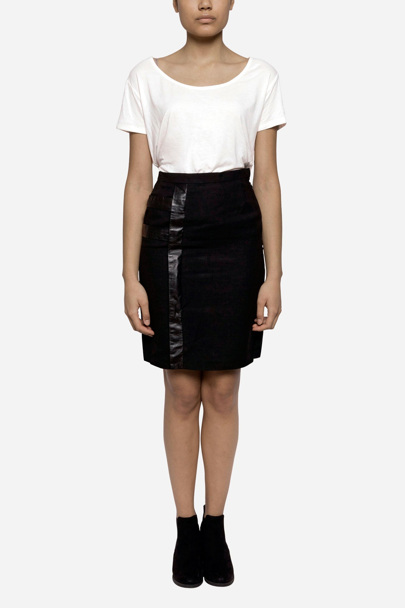 Tailored skirt with leather detail - Tindi
