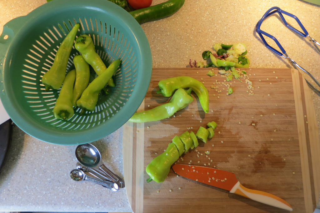 Making Simple Pickled Banana Peppers