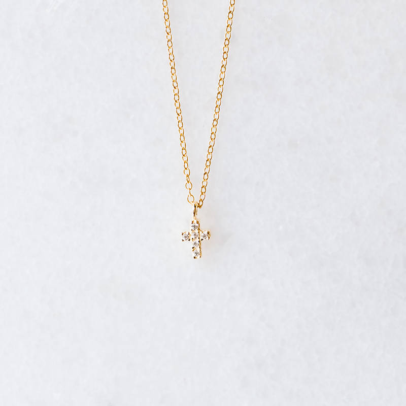 Tiny Cross | Necklace