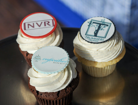 "Say ""Congratulations"" with a Custom Cupcake Package"