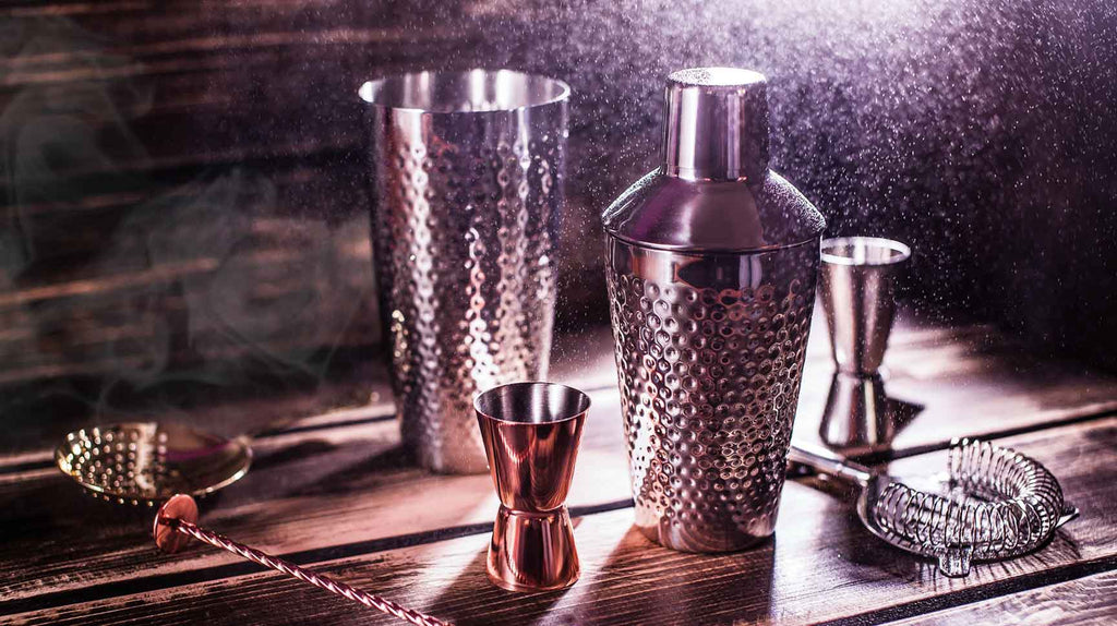 The Tools Each Man Needs To Have In His Home Bar Now | The Project Garments