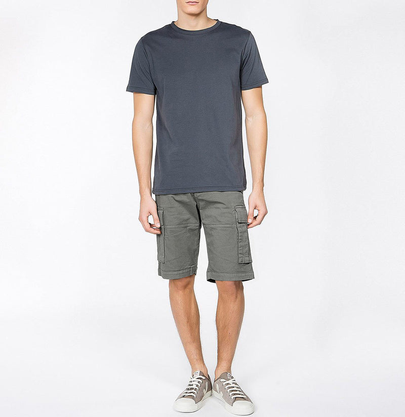 Men's Cotton-Gabardine Cargo Shorts Charcoal Grey | The Project Garments - Model