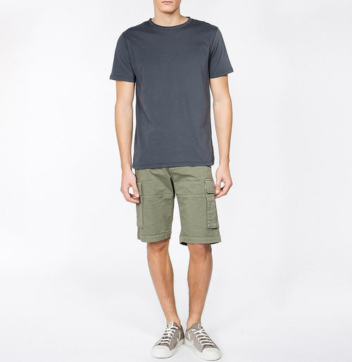Men's Cotton-Gabardine Cargo Shorts Khaki | The Project Garments Model