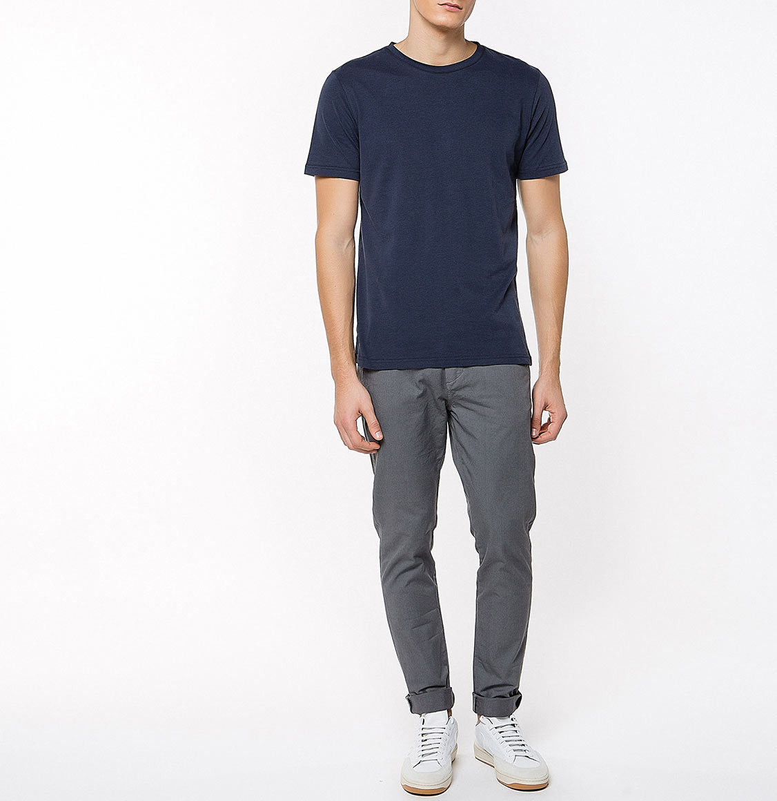 Crew Neck Supima Cotton T-shirt Navy Blue | The Project Garments - Model