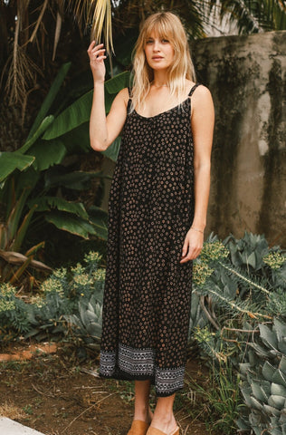 Black strap star print maxi dress