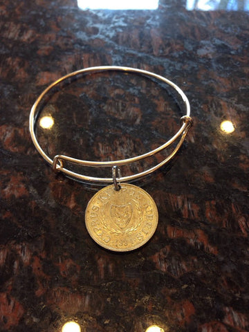 """Cyprus 10 cents expandable wire bangle bracelet	"""