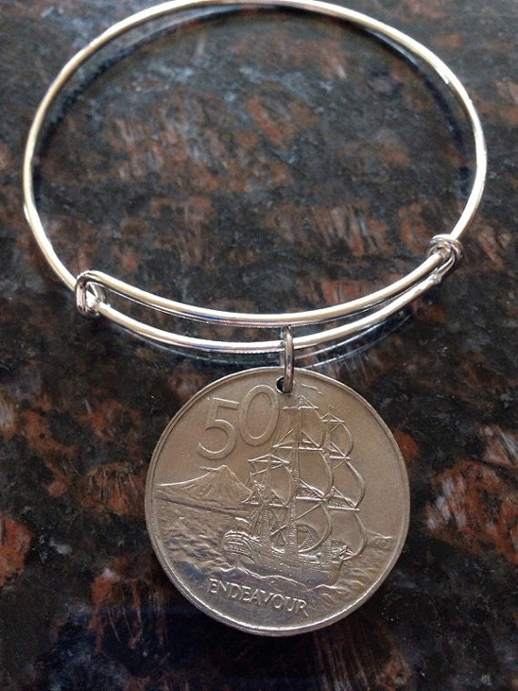 New Zealand large 50 cents expandable wire bangle bracelet