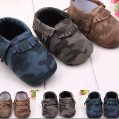 Camouflage first walker moccasins