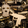 Ski Mask & Uzi Chain Set (Gold)
