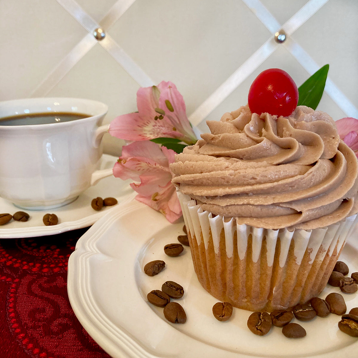 Café White Russian Coffee Cupcake