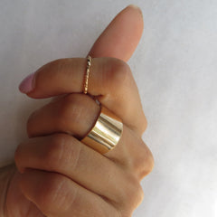 set of 2 gold thin and thick midi rings
