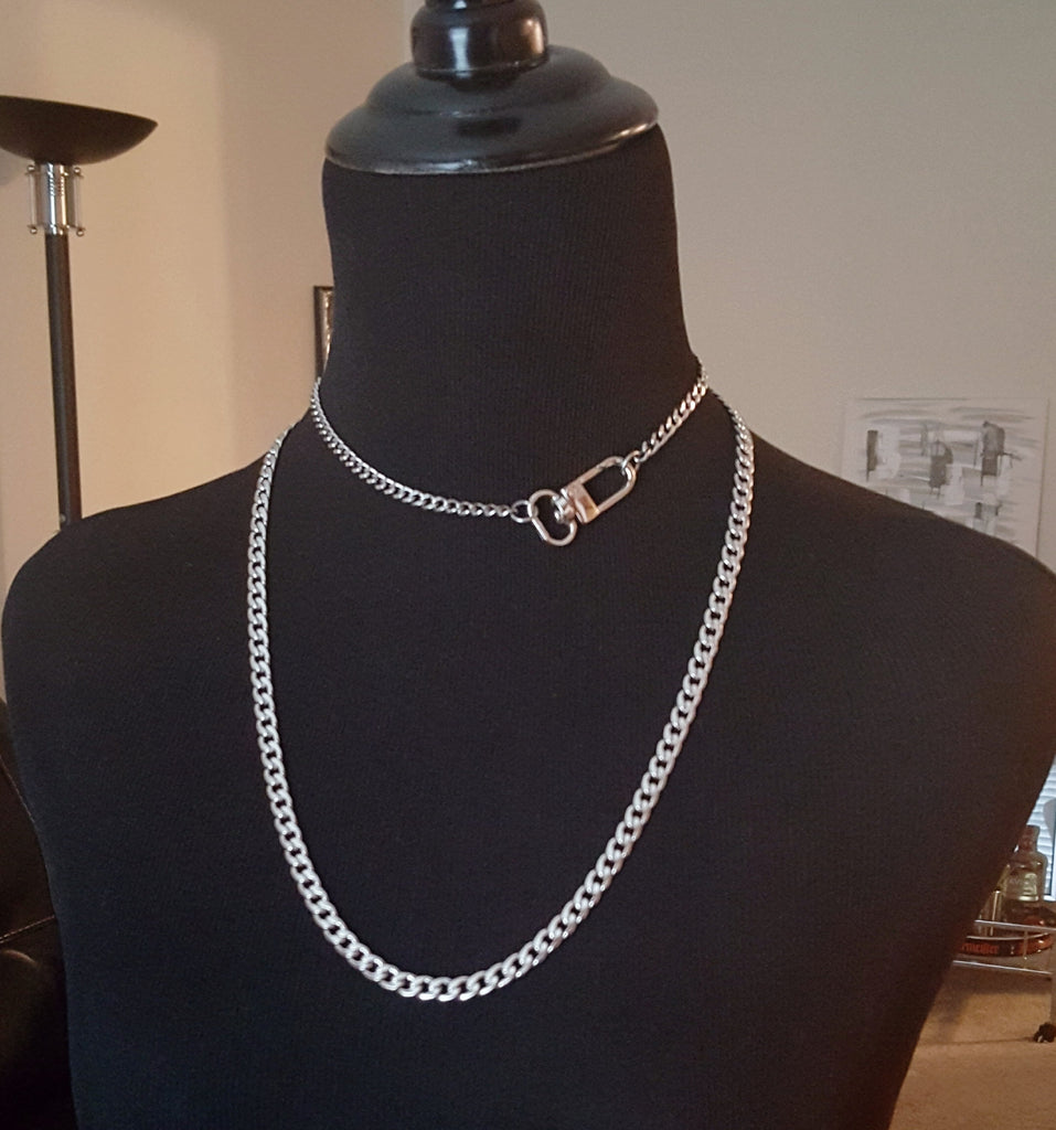 stainless steel Parisian clasp necklace
