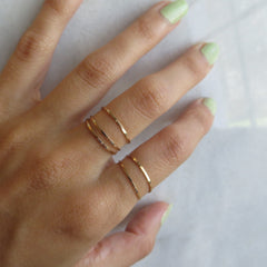 thin gold band rings