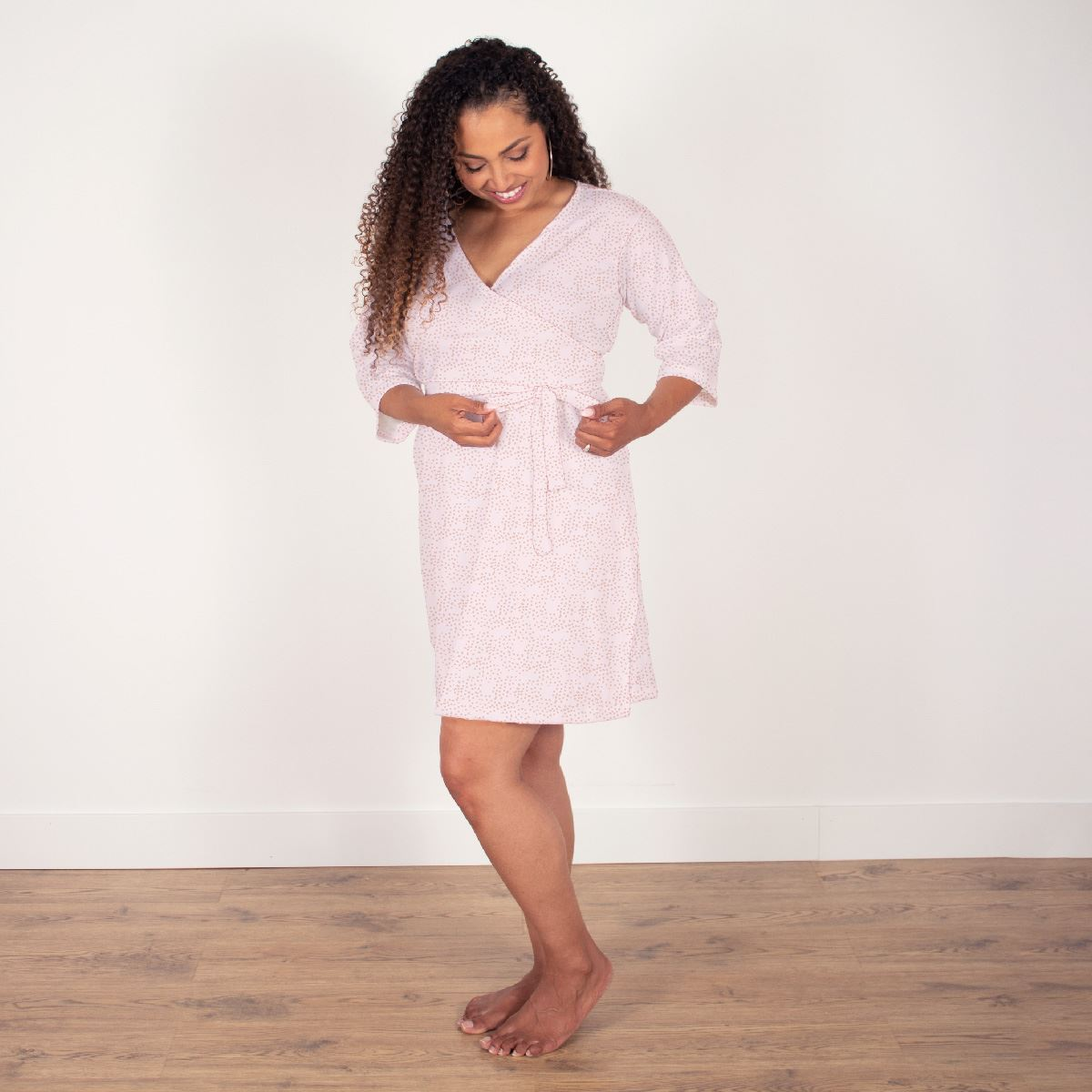 Amelia's Lovely Lily | Robe