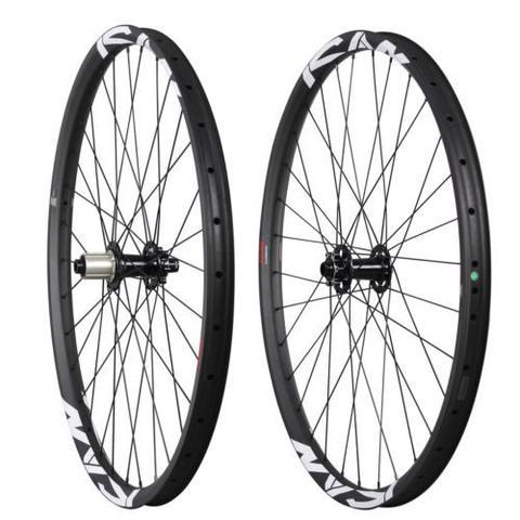 27.5er Carbon Boost Wheelset — Unashamedly Boost Wheels for Relentlessly Aggressive Riders