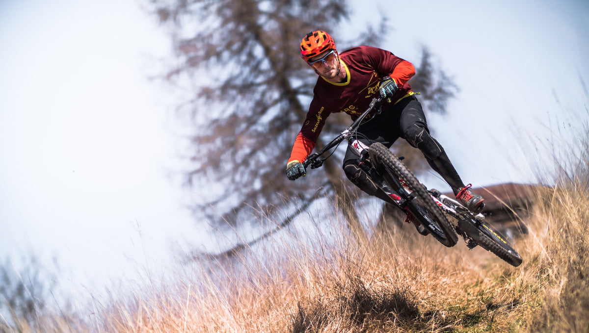 What is the difference between Enduro bike and Trail bike?