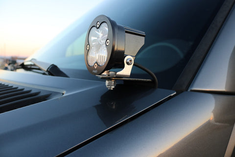 Mercedes Sprinter LED light mount