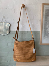 Load image into Gallery viewer, Woven  Hobo Bag