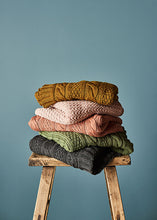 Load image into Gallery viewer, Trinity Blanket Merino Wool