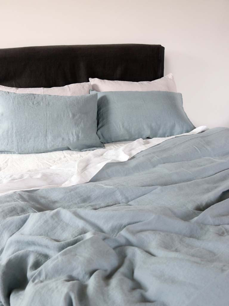 Luxury Linen | Showing Fog & Quartz Blue