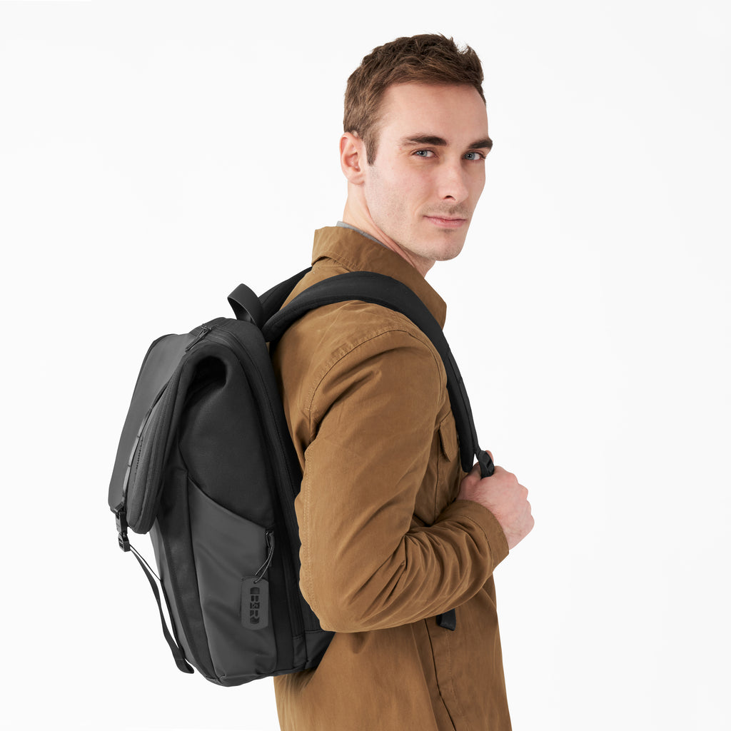 Briggs & Riley | Delve | Large Fold-Over Backpack - Index Urban