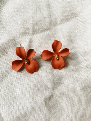 FLORA PINK Stud Earrings | By: Life in the sun store