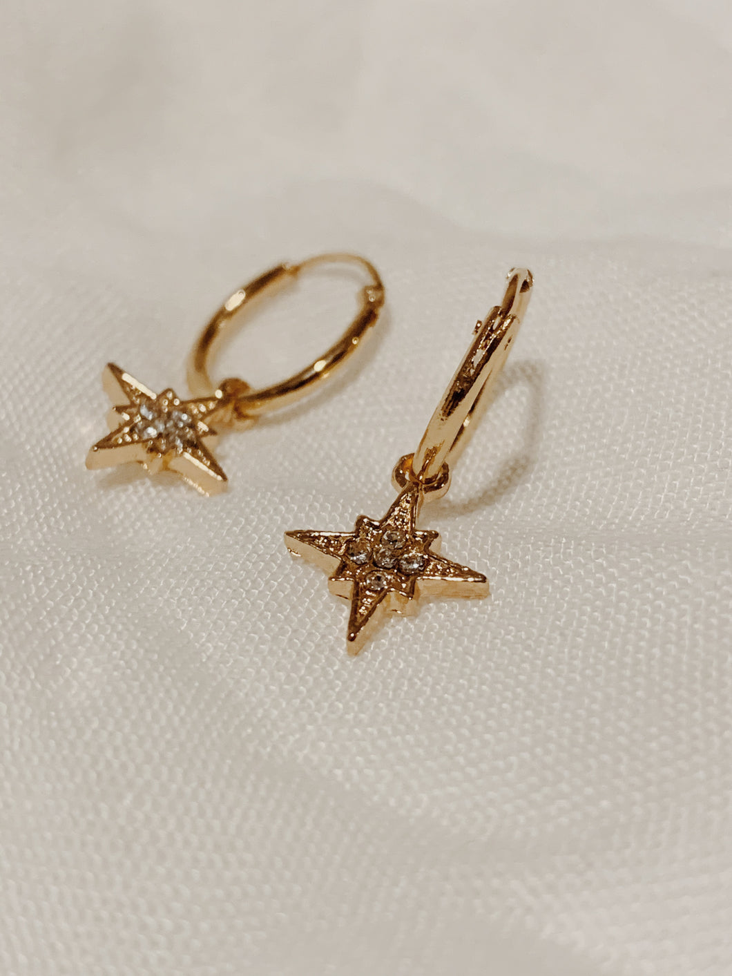 Florence Light - Sleeper Earrings | By: Life in the sun store