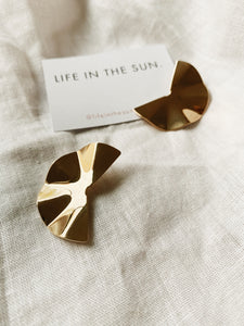 Semi Circle Fold Gold Stud Earrings | By: Life in the sun store