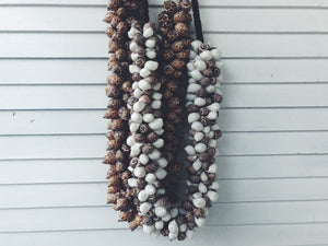 shell necklace decor,wall hanging or lay flat,100's of chunky shells